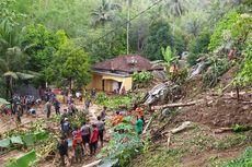 Alat Berat Dikerahkan Evakuasi Bapak dan 2 Anak Tertimbun Longsor di Banyumas