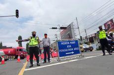 Selama PPKM Darurat Satlantas Polres Karanganyar Lakukan Penutupan Jalan