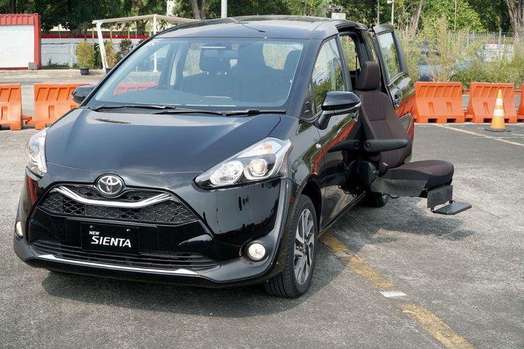 Toyota Sienta facelift enggan fiur tak selengkap kamar lainnya  baru meluncur habis magrib.