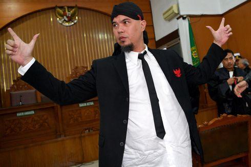 Hari Ini, Ahmad Dhani Dibawa ke Surabaya untuk Sidang Kasus