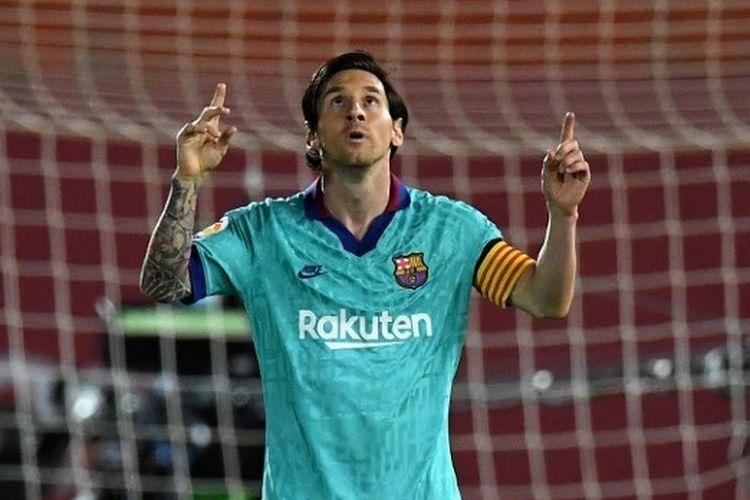 Selebrasi Lionel Messi saat membobol gawang Real Mallorca, Minggu (14/6/2020) dini hari WIB.
