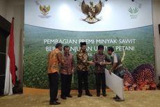 Asian Agri Bagikan Premi Rp 3,6 Miliar untuk 30.000 Petani Plasma