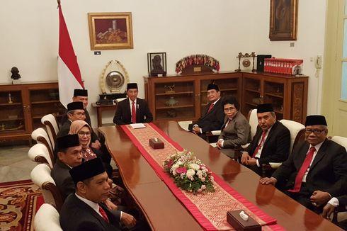 Presiden Jokowi Gelar Pertemuan Tertutup dengan Dewas dan Pimpinan KPK