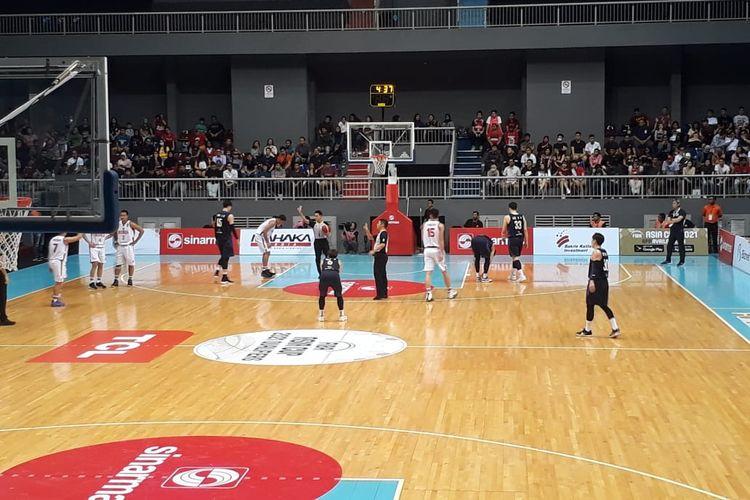 Suasana laga timnas basket Indonesia vs Korea Selatan pada Kualifikasi FIBA Asia Cup 2021 di Mahaka Arena, Kelapa Gading, Jakarta, Kamis (20/2/2020).
