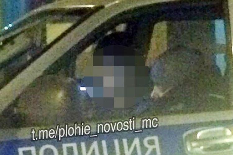 Pelaku bernama Alexey Maximov berada dalam mobil polisi sesuai mengaku telah melakukan pembunuhan kepada Daria Evdokimova Senin (30/4/2018). Pembunuhan itu dilakukan karena Maximov ingin mengikuti adegan video game favoritnya.