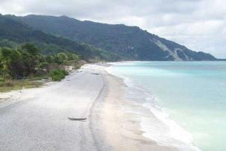Pantai Kolbano, Kabupaten Timor Tengah Selatan, Nusa Tenggara Timur.