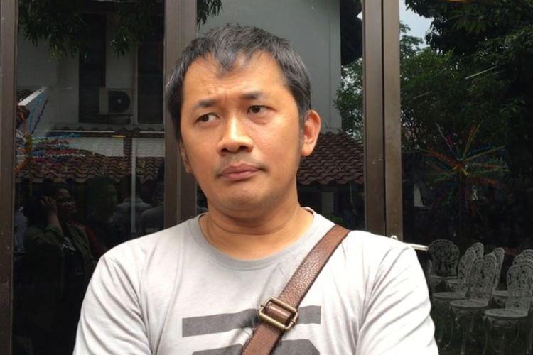 Hanung Bramantyo diwawancara di kawasan Duren Tiga, Jakarta Selatan, Sabtu (4/11/2017).