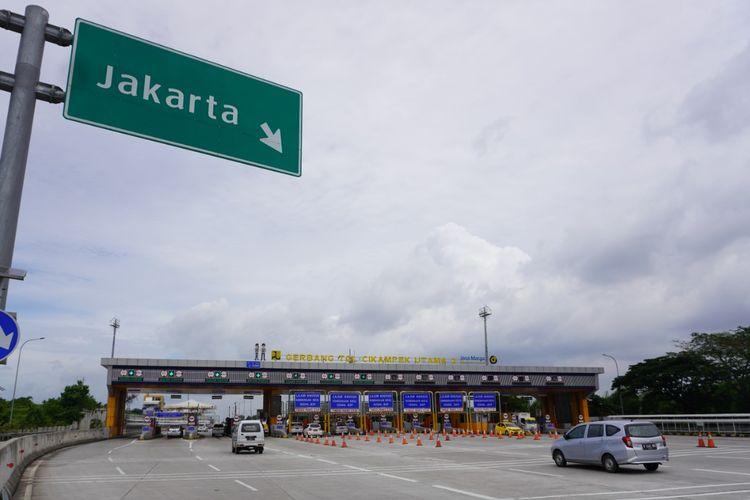 Gerbang Tol Cikampek Utama 2 arah Jakarta