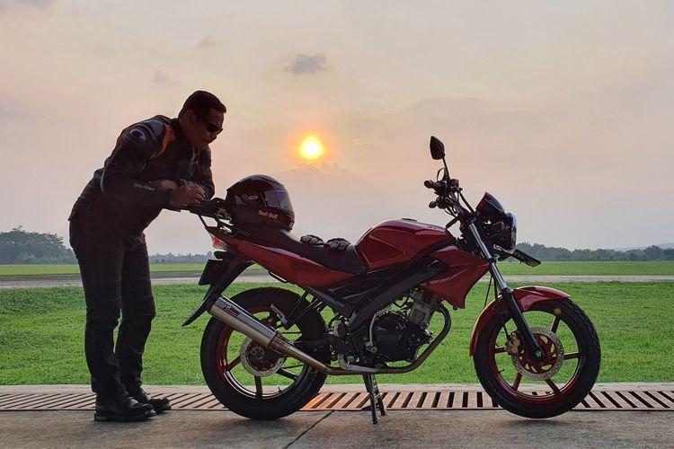 Yamaha Vixion generasi pertama tunggangan Letkol Pnb Akhmad Mauludin Mulyono.