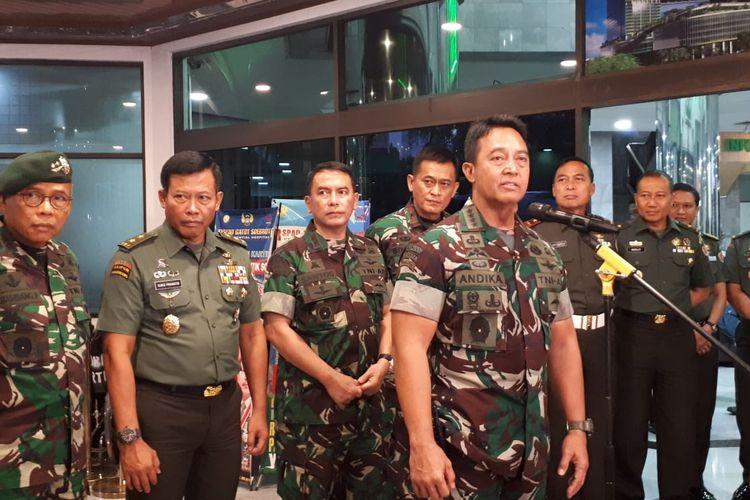 Kepala Staf Angkatan Darat (KSAD) Jenderal Andika Perkasa saat melakukan konferensi pers di RSPAD Gatot Subroto, Jakarta, Jumat (11/10/2019)