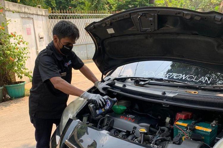 PT ExxonMobil Lubricants Indonesia (PT EMLI) bekerja sama dengan Brum Indonesia menghadirkan layanan servis di rumah bagi pengguna kendaraan roda empat menggunakan pelumas Mobil Lubricants.