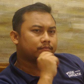 Ketua Konstitusi dan Demokrasi Inisiatif (Kode Inisiatif) Veri Junaidi dalam acara diskusi di bilangan Cikini, Jakarta Pusat, Minggu (19/3/2017).