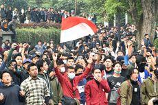 BERITA FOTO: Demo Mahasiswa Bandung Berakhir Rusuh
