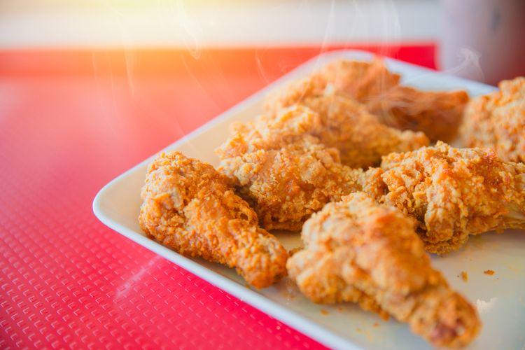 Ilustrasi ayam goreng ala KFC.
