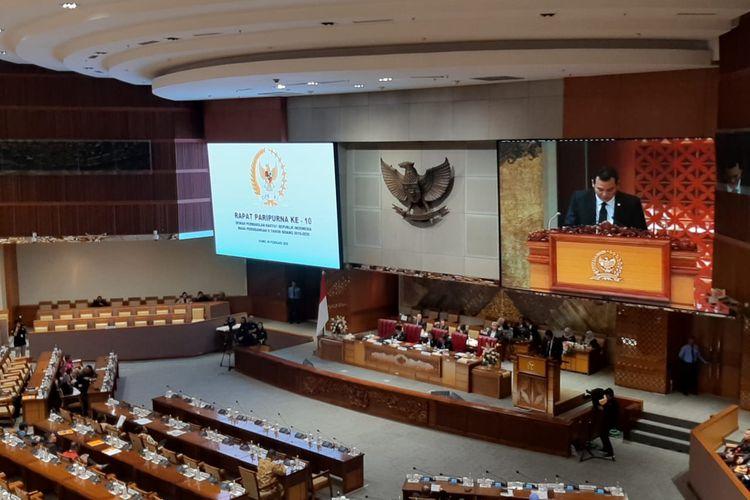 Rapat paripurna DPR, Kamis (6/2/2020).