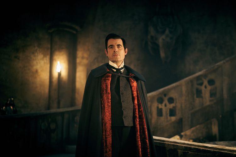 Dracula dalam serial Netflix Original.