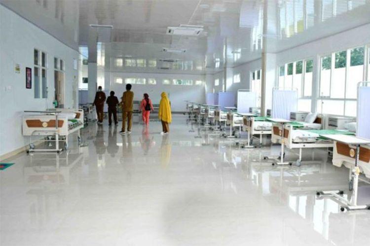 Rumah Sakit Ainun Habibie di Kota Limboto telah siap menerima pasien Covid-19 setelah sebelumnya dilakukan renovasi oleh Dinas Pekerjaan Umum dan Penataan Ruang (PUPR) Provinsi Gorontalo. Anggaran renovasi ini menghabiskan dana APBD senilai Rp10,4 miliar.