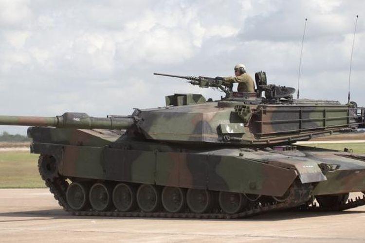 Tank generasi ketiga produksi AS, M1 Abrams, diyakini sebagai tank paling tangguh di dunia. Namanya diambil dari mantan Kepala Staf dan Komandan Angkatan Perang AS di Vietnam, Jenderal Creighton Abrams.