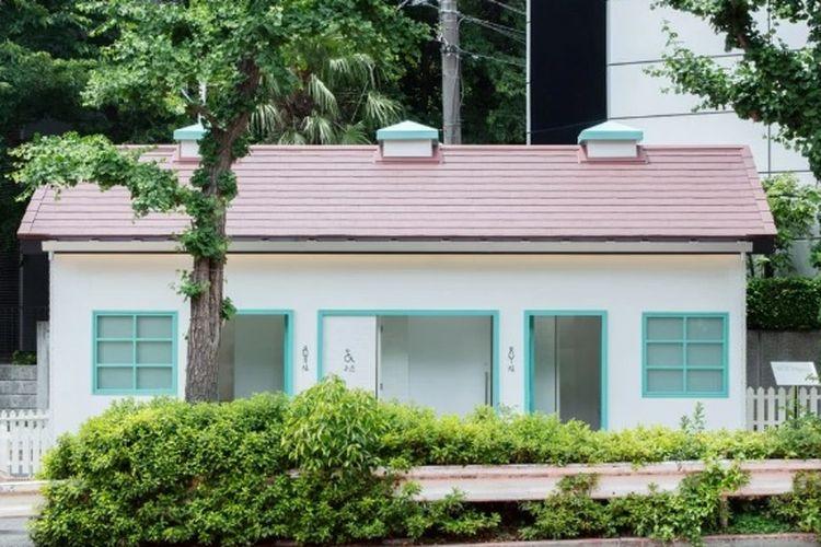 Toilet dengan desain rumah tahun 40'an yang dirancang oleh desainer asal Jepang, Nigo. Toilet ini merupakan bagian dari proyek Tokyo Toilet dari Nippon Fondation.