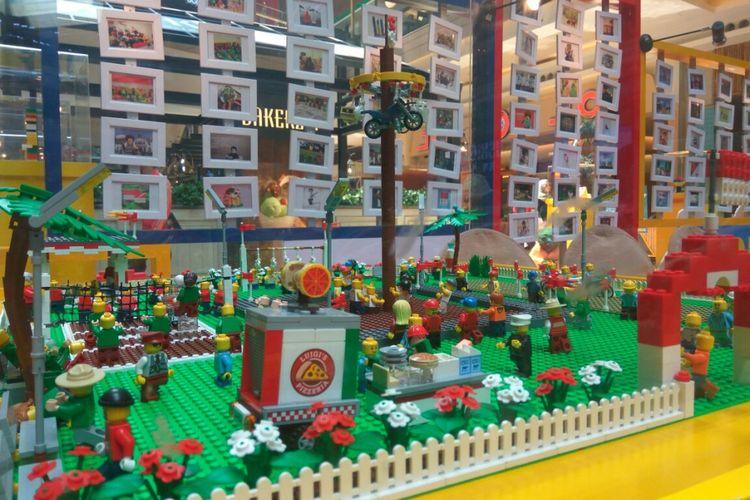 Lego yang menggambarkan suasana perayaan Kemerdekaan Republik Indonesia 17 Agustus