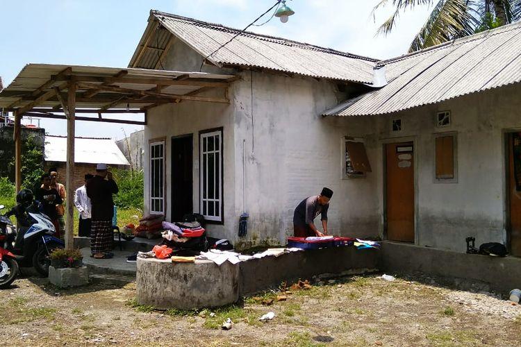 Asrama Mahad Baitul Ilmi yang terkena banjir, bantuan selimut dan kasur dijanjikan 18, hanya diberi dua