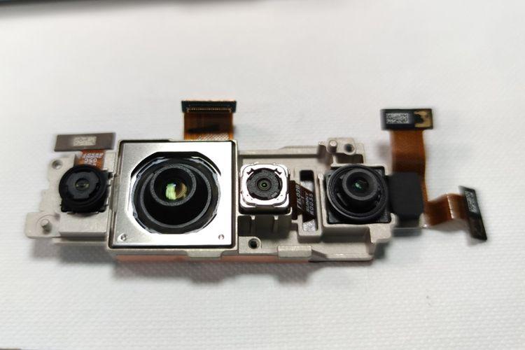 Komponen Kamera Belakang