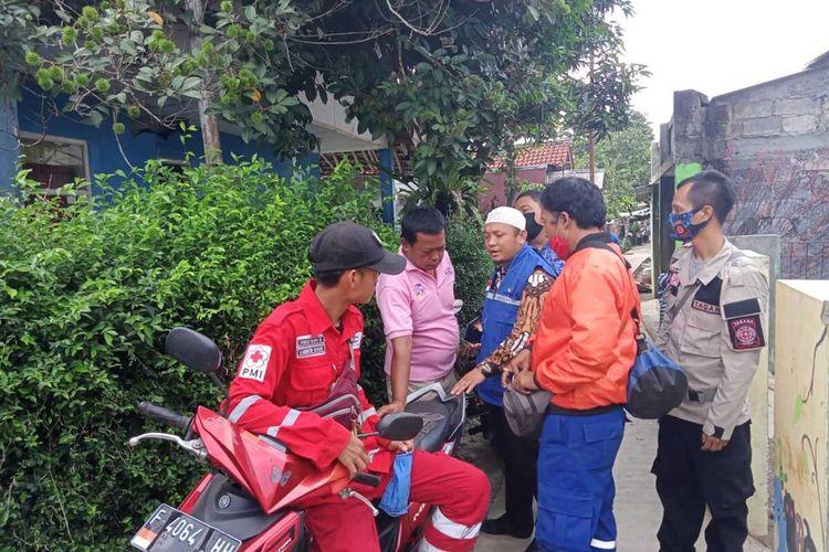 Warga di Desa Sumur Batu, Kecamatan Babakan Madang, Kabupaten Bogor, Jawa Barat digegerkan dengan tewasnya tiga bocah di aliran Kali Cigede pada Selasa (10/11/2020).