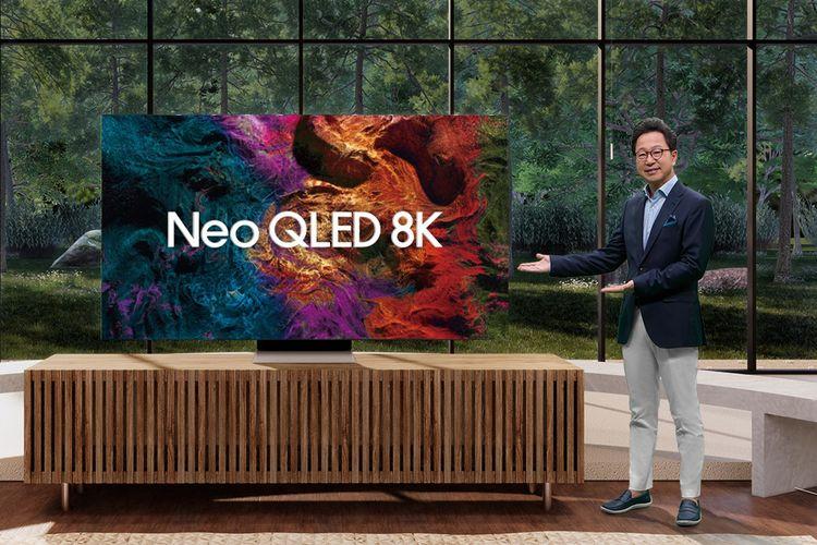 President Samsung Electronics Indonesia, Yoonsoo Kim memperkenalkan Samsung Neo QLED 8K