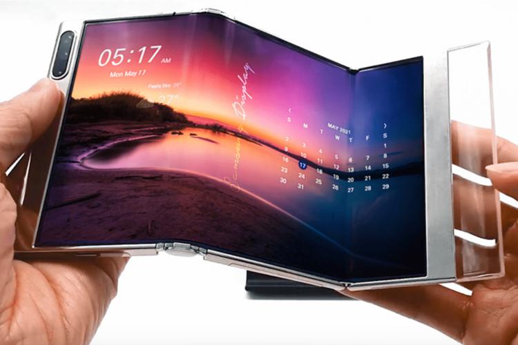 Desain S Foldable yang dipamerkan Samsung, memungkinkan perangkat dilipat dua kali menyerupai lekukan huruf S.