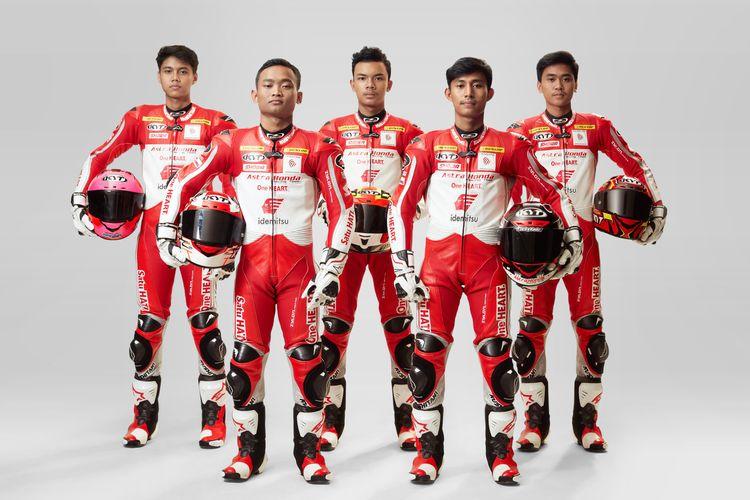 PT Astra Honda Motor (AHM) menyiapkan 12 pebalap untuk berkompetisi di berbagai kejuaraan balap tahun 2021.