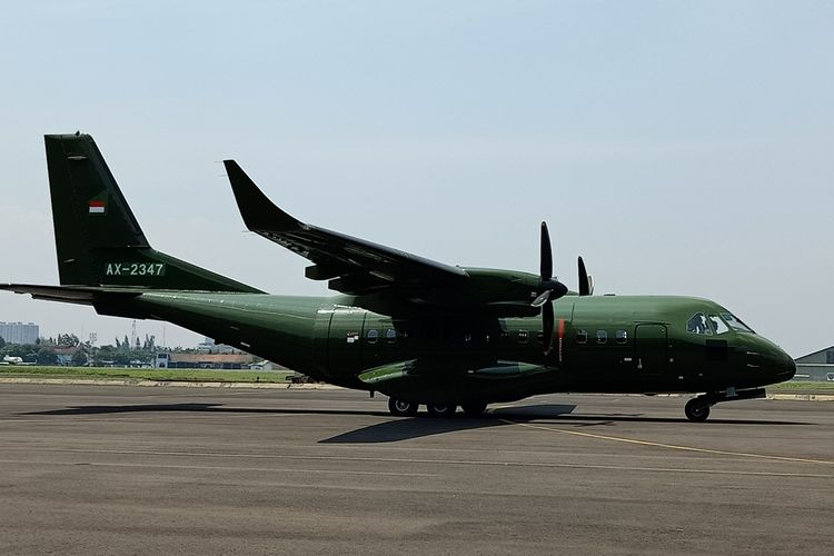 PT Dirgantara Indonesia sends a CN235-220 plane to the Nepalese Army