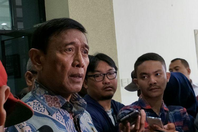 Menteri Koordinator Bidang Politik, Hukum dan Keamanan Wiranto ketika ditemui di Kantor KPU RI, Jakarta, Selasa (6/3/2018).