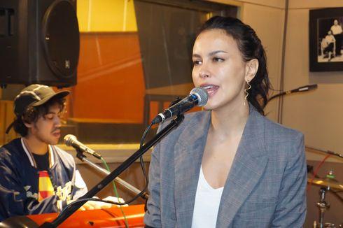 Bagi Sophia Latjuba, Kembali Bernyanyi Hanya Tinggal Tunggu Waktu