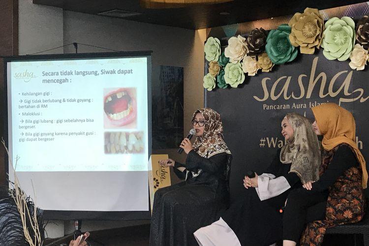 Dosen Fakultas Kedokteran Gigi (FKG) Universitas Indonesia, Nada Ismah, menjelaskan bahwa siwak mengandung antiseptik alami.