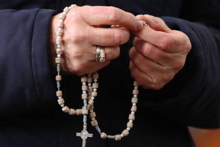 Ilustrasi suster Katolik.