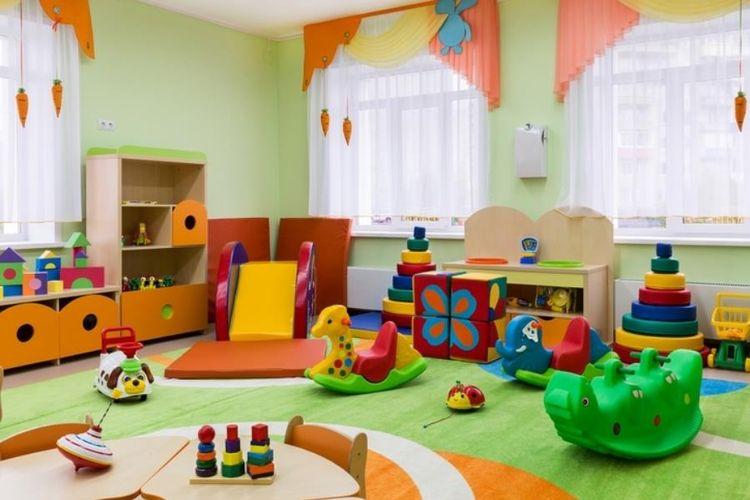 Pilihan berbagai jenis mainan dalam kamar bermain