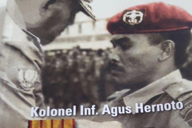 Buku Legenda Pasukan Komando ini mengisahkan Kolonel Inf Agus Hernoto, anggota pasukan komando berkaki satu yang tetap memiliki semangat juang tinggi, menjiwai motto berani-benar-berhasil, bahkan setelah lama keluar dari Kopassus.