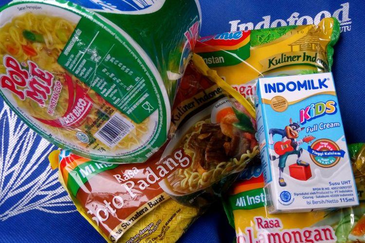 Tiga produk Indofood yaitu Pop Mie, Indomilk, dan Indomie
