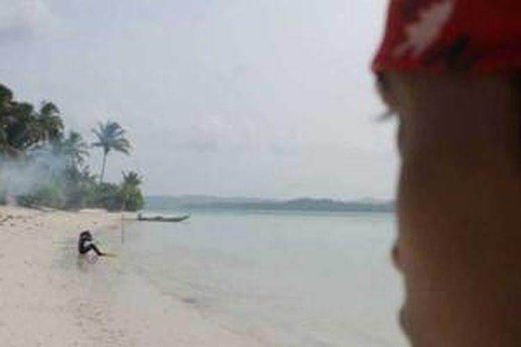 Pantai di Pulau Enggano, Bengkulu.