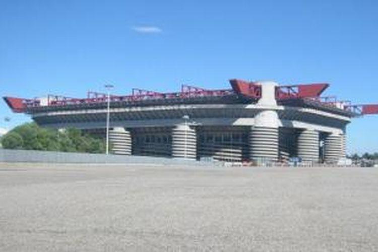 Stadion Giuseppe Meazza/San Siro yang menjadi markas Inter Milan dan AC Milan.