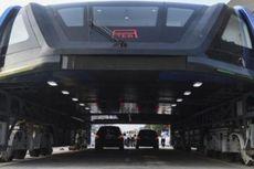 Pemerintah China Hentikan Proyek Bus