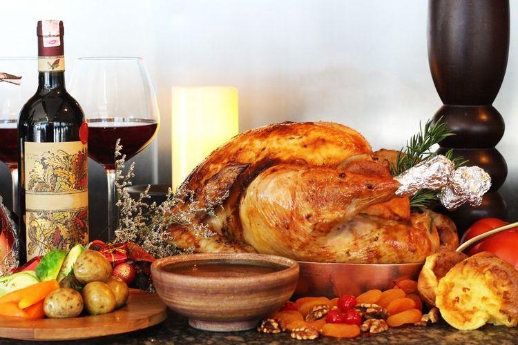 Hidangan turki panggang khas Natal.