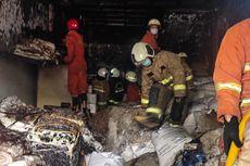 Ruko 3 Lantai di Cengkareng Terbakar, Satu Orang Alami Luka Bakar