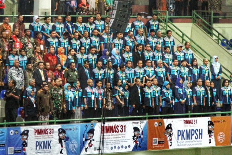 Kemenristekdikti menggelar kegiatan tahunan Pekan Ilmiah Mahasiswa Nasional (Pimnas) ke-31 di Universitas Negeri Yogyakarta (UNY).