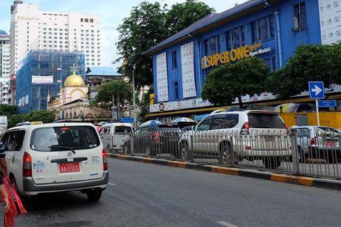 Ketika Azan Berkumandang di Pusat Kota Yangon