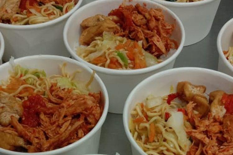 Makanan yang diberikan kepada pasien Covid-19 di RSUP Sanglah Denpasar. Nutrisi dan gizi dalam makanan itu telah dihitung oleh tim ahli.