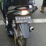 Motor Jangan Norak Ganti Lampu Belakang Putih, Bahaya!