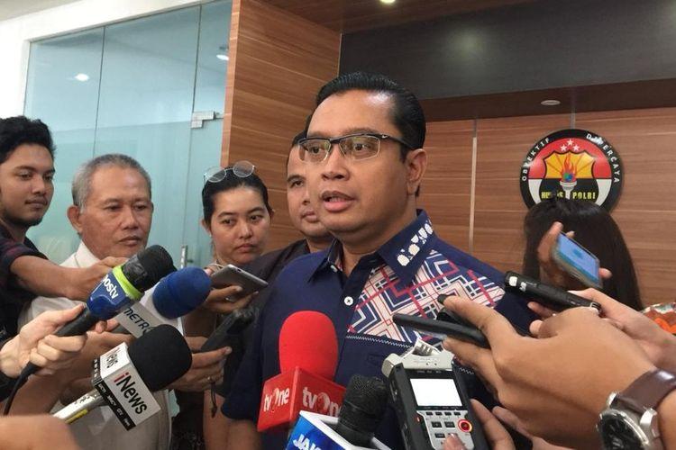 Kepala Bagian Penerangan Umum (Kabagpenum) Polri Kombes Pol Asep Adi Saputra di Gedung Humas Mabes Polri, Jakarta Selatan, Jumat (19/7/2019).
