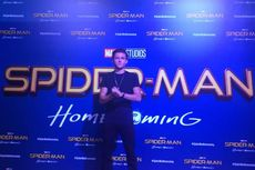 Pakai Kostum Spider-Man, Tom Holland Tak ke Toilet selama 11 Jam