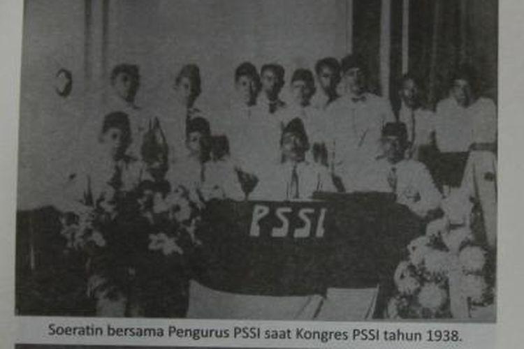 Ketua Umum Pertama PSSI SOeratin Sosrosoegondo saat Kongres PSSI pada 1938